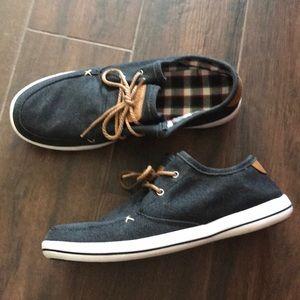 Men's NWOT MukLuks shoes